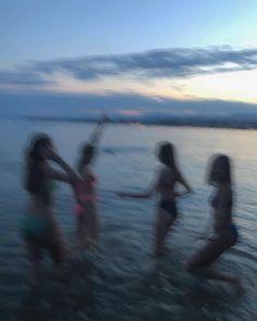 Summer vibes Night Aesthetic, Beach Aesthetic, Summer Aesthetic, Summer Pictures, Beach Pictures, Summer Nights, Summer Vibes, Beach At Night, Adventure Aesthetic