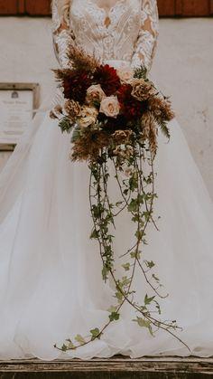 Fall Wedding Bouquets, Fall Wedding Flowers, Fall Wedding Colors, Bride Bouquets, Flower Bouquet Wedding, Floral Wedding, Flowers For Weddings, Spring Flowers, Wedding Floral Arrangements
