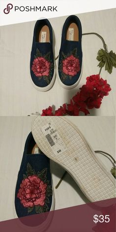 Beautiful denim blue shoes with a 3D red flower on Beautiful denim blue shoes with 3D red flower on top Vintage Havana Shoes Sneakers
