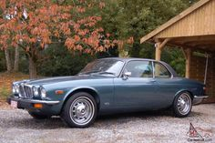 Photos and description of Jaguar xj coupe,Jaguar. Everything you want to know about this car. Jaguar Xj40, Jaguar E Type, Jaguar Cars, Classic Cars British, Best Classic Cars, British Car, Jaguar Daimler, Motor Car, Luxury Cars