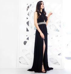 Vestido de noche negro. Luce tu clase, tu elegancia y tu sex appeal! www.binaboutique.com