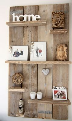 28 Beautiful Diy Projects Pallet Shelves And Racks Design Ideas. If you are looking for Diy Projects Pallet Shelves And Racks Design Ideas, You come to the right place. Below are the Diy Projects Pal. Pallet Crafts, Diy Pallet Projects, Wood Projects, Design Projects, Pallet Ideas, Design Ideas, Pallet Diy Decor, Small Wooden Projects, Diy Pallet Wall