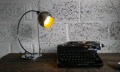 Chromematic  upcycled lamp gemaakt uit gevonden door BodegazStudio