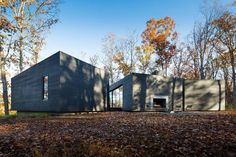 Minimalist House in Virginia by Architecture Firm | HomeAdore