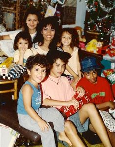 The Hernandez Family Christmas: Bruno Mars (bottom left) with his mother and five siblings.