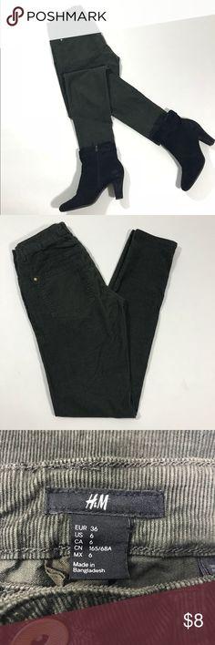 H&M Khaki Green Corduroy Pants Khaki green. 5-pocket pants in corduroy with regular waist and slim legs. H&M Pants Skinny