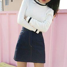 • sweatshirt / skirt