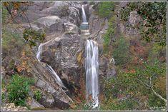 Portugal - Parc National Peneda-Gerês : La Cascade du Arado est l'une des plus fameuses chutes d'eau du parc,elle est situé à environ 900 mètres d'altitude.