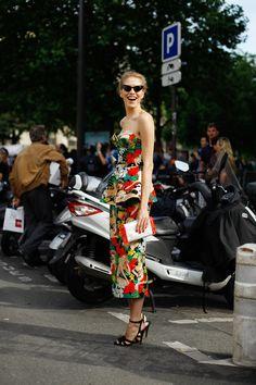 flower power #streetstyle happens via @atprettybirds