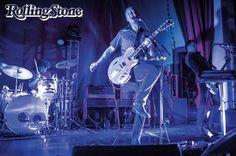 Depois de quase desistir da música, Josh Homme reativou a energia do Queens of the Stone Age: http://rollingstone.uol.com.br/edicao/edicao-83/josh-homme-depois-de-quase-desistir-musica-reativa-energia-queens-of-stone-the-age …