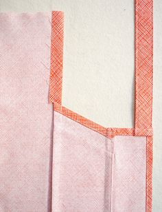 Here are the best free Apron Sewing Patterns to teach you how to make an apron. Sewing Lessons, Sewing Hacks, Sewing Tutorials, Sewing Crafts, Apron Pattern Free, Sewing Patterns Free, Apron Patterns, Dress Patterns, Bib Pattern
