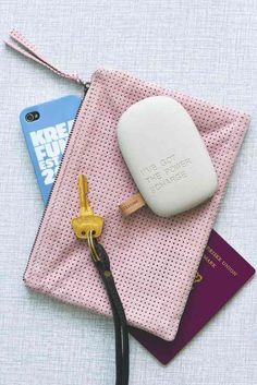 tecnología diseño productos de diseño estilo y diseño nórdico escandinavo estilo nórdico diseño danés movil iphone bateria externa diseño accesorios para el hogar accesorios moviles altavoces