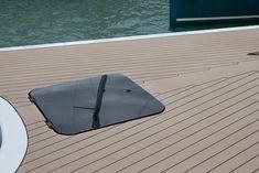 Yunikon - Heinrich Werft Flip Flops, Gallery, Design, Fashion, Sailing Ships, Boats, Moda, Roof Rack, Fashion Styles