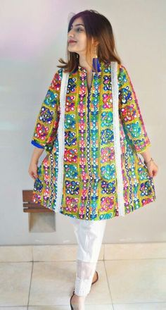 Pakistani Fashion Party Wear, Pakistani Dresses Casual, Pakistani Dress Design, Stylish Dress Book, Stylish Dresses For Girls, Simple Kurti Designs, Kurta Designs Women, Frock Fashion, Women's Fashion Dresses