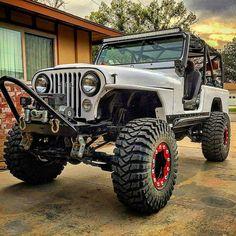 Discover a variety of my favourite builds - custom made scrambler ideas like Cj7 Jeep, Jeep Wrangler Yj, Jeep Fenders, Jeep Pickup, Jeep Truck, Patrol Y61, Jeep Scrambler, Badass Jeep, Custom Jeep