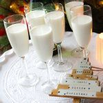 Aperitief met roomijs, limoncello & prosecco - Vertruffelijk Aperitief met roomijs, limoncello & prosecco – Vertruffelijk Aperitief met r Limoncello Cocktails, Prosecco, Cocktail Drinks, Party Snacks, Appetizers For Party, Christmas Mocktails, Tonic Drink, Recipe For Teens, Sorbet