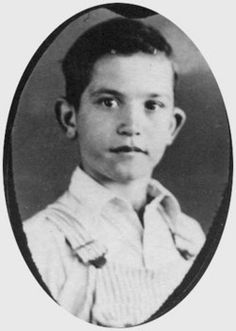 10 year old Kenneth Durward Corrie Victim of a gas explosion at his school in New London, Texas on March 1937 Galveston Hurricane, New London, Fifth Grade, 10 Year Old, American History, Real Life, Crime, Daisy