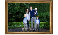 Capture the moments before time slips away. ⁠Family portraits for your wall. Family Portrait Photography, Family Photographer, Portrait Photographers, Outdoor Family Portraits, Young Family, Photographic Studio, Studio S, Family Photos, Houston