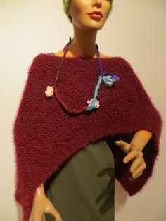 handmade Poncho, cuddly soft Knitted Poncho, Crochet Necklace, Knitting, Handmade, Fashion, Ponchos, Moda, Knit Poncho, Hand Made