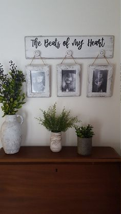 If you are looking for Farmhouse Living Room Decor Ideas, You come to the right place. Below are the Farmhouse Living Room Decor Ideas. Country Decor, Rustic Decor, Rustic Entryway, Country Chic Cottage, Rustic Theme, Rustic Farmhouse Decor, Shabby Cottage, Country Kitchen, Rustic Pictures