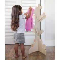 P\'Kolino Little Ones Clothes Tree - Natural #clothestree #pkolino #oliverthomas #kidsfurniture #kidsdecor #kidsroom #nursery