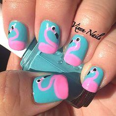 cute flamingo nail art     Photo by vixen_nails