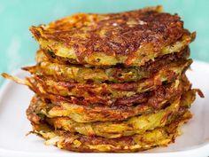 Pinaatti-perunaröstit - Yhteishyvä Good Food, Yummy Food, Tasty, Drink Recipe Book, Dips, French Press Coffee Maker, Snacks Für Party, Food Photo, Food Videos
