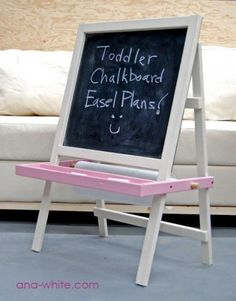 I want to make this!  DIY Furniture Plan from Ana-White.com  My daughter's favorite thing. A just my height toddler chalkboard that also works with a roll of craft or freezer paper to become a easel.