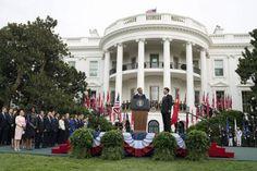 Белый дом: У нас есть ясность относительно целей России в Сирии. Представитель американской администрации заявил по итогам переговоров президентов РФ и США в ООН, что Вашингтон считает, что Москва понимает необходимость политического решения в Сирии, однако ра