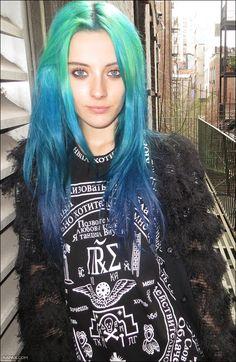 Green blue ombre dip dyed alternative hair idea