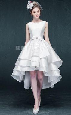 Robe de mariée civile longueur asymétrique en satin avec ceinture