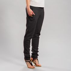 MAGGY PANTS - Lifestyle and Travel Clothing | Shop Online | Lolё Women