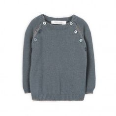 Can't wait until my little girl is big enough to wear this soft little sweater from TroiZenfantS - the raglan sleeves are pearl stitch and the body is knit, it's such a subtle, but sweet detail. LOVE classy #baby clothes :)