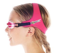 Frogglez Goggles: Fantastic goggles that keep kids from complaining about them