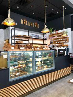 Bakery Shop Interior, Coffee Shop Interior Design, Coffee Shop Design, Restaurant Interior Design, Rustic Coffee Shop, Cake Shop Design, Bakery Design, Cafe Design, Cafe Counter