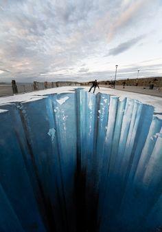 Sidewalk Art; Ice Trompe le Ole - Edgar Mueller
