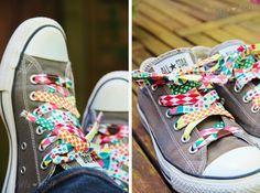 Villa ❤ Stoff: Bunt, bunt, bunt sind alle meine... {DIY} Schuhbänder selbst machen