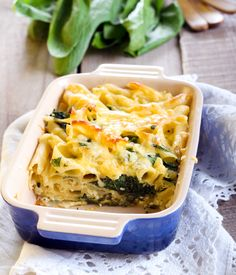 Read our delicious recipe for Spinach & Ricotta Pasta Bake, a recipe from Lose Baby Weight which is a safe and healthy way to lose weight after having a baby |