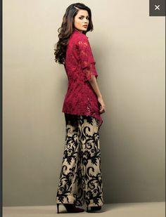 Shehrezade – Libas-e-Khaas Pakistani Fashion Casual, Pakistani Outfits, Ethnic Fashion, Indian Fashion, Girl Fashion, Pakistani Clothing, Fashion Dresses, Fashion Ideas, Latest Kurti Styles