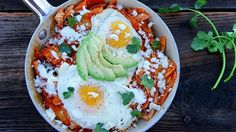 Chicken Chilaquiles with Fried Egg - QueRicaVida.com