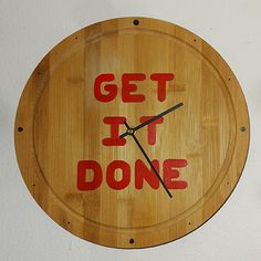 Turn a bamboo bread board or cutting block into a wall clock and be constantly reminded to 'get it done' Bamboo Wall, Bread Board, Getting Things Done, Bamboo Cutting Board, Woodworking, Clock, Craft Ideas, How To Make, Crafts
