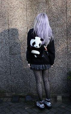 pastel hair, stockings and panda = all things cute