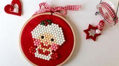 45 cadeaux de Noël à faire soi-même • Hellocoton Diy Cadeau Noel, Theme Noel, Xmas, Christmas Ornaments, Creations, Portrait, Holiday Decor, Children, Couture