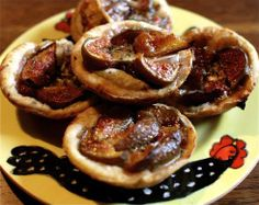 Fig goat cheese red onion tart