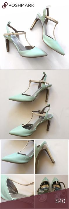 """Tahari Mint Sarina Metallic Pump Absolutely gorgeous pumps! Leather upper, 3.5"""" metallic wrapped heel, pointed toe. This is missing the removable silver ankle strap, but can be worn without it. There's some damage to the back of the heel on the right foot and one tiny indent on the side of the right foot. Otherwise these are in excellent pre-loved condition!  🚫no trades 🚫no modeling ✅dog friendly/🚭smoke free home ✅reasonable offers ✅bundle & save! Tahari Shoes Heels"""