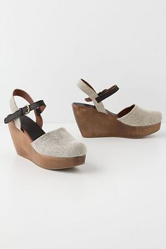 Perfect Style... for me... Lidda Suede Clogs #anthropologie