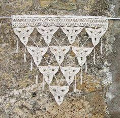 Rideaux triangles en coton crocheté écru pour porte ou fenêtre : Textiles et tapis par pfenninger