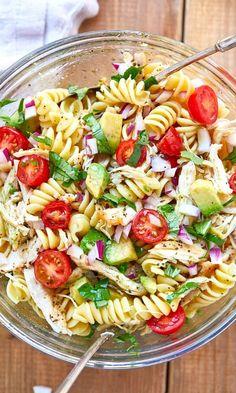 Chicken Pasta Salad Recipes, Healthy Chicken Pasta, Salad Chicken, Broccoli Chicken, Basil Chicken, Healthy Pasta Salad, Pasta Salad With Avocado, Chicken Avocado Pasta, Avocado Food