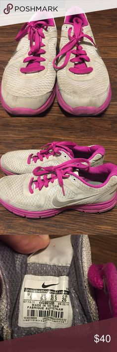 Nike air relentless shoe Nike Athletic running shoes ,women's size : 9, super cute, fair condition, dirty ,can be washed ,style: Nike air relentless Nike Shoes
