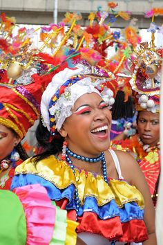 This is Colombia! Medellin, by David Bermúdez Colombian People, Colombian Culture, Colombia South America, Latin America, African Origins, Ecuador, Festivals Around The World, Beautiful Costumes, Largest Countries